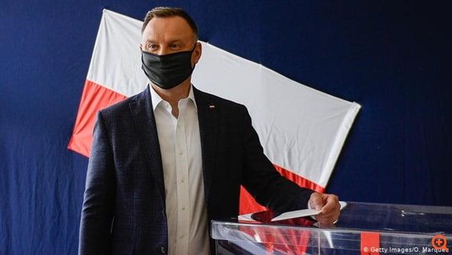 Άνεμος πολιτικής αλλαγής στην Πολωνία;