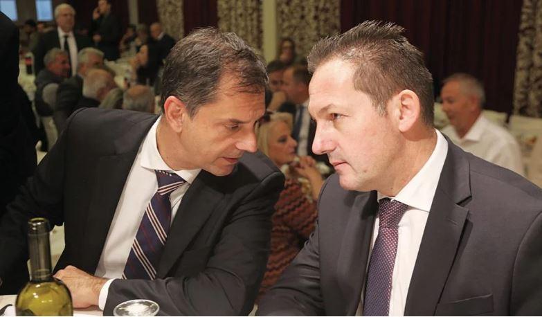 Κοινή προβολή των δύο «Μακεδονιών»;