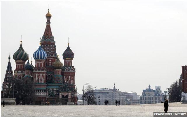 Η Μόσχα θα απελάσει δύο Τσέχους διπλωμάτες