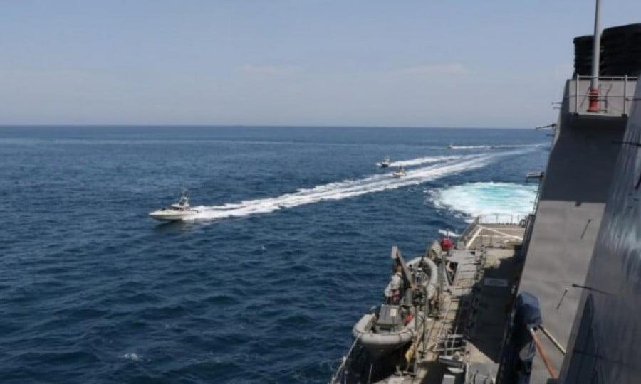 Προειδοποιητικά πυρά από τη Σαουδική Αραβία σε τρία ιρανικά πλοία