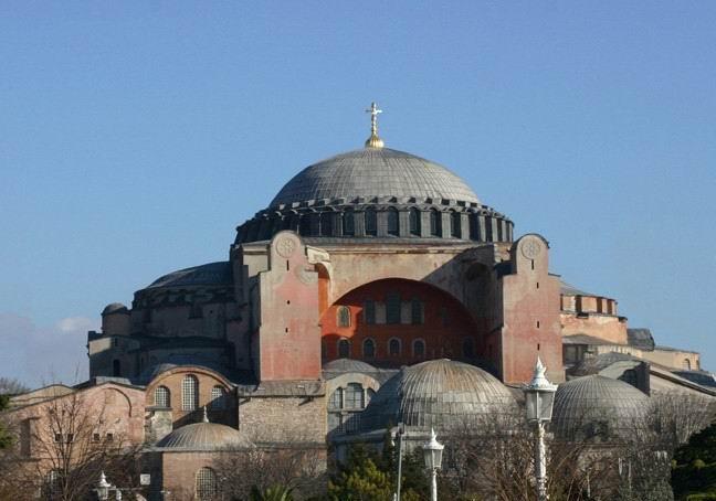 Ο ναός της Αγίας του Θεού Σοφίας και τα παιχνίδια του Ρ.Τ. Ερντογάν