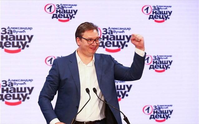 Σερβία – Εκλογές: Θρίαμβο του κόμματος του Βούτσιτς δείχνουν οι εκτιμήσεις αποτελέσματος