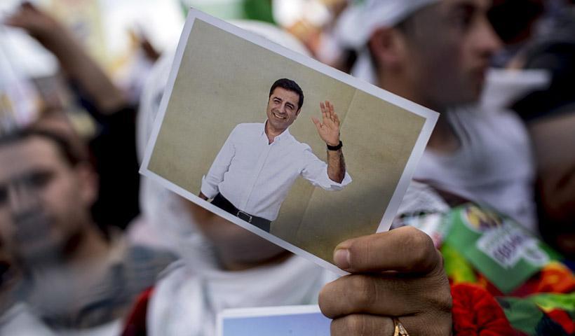 Συνταγματικό Δικαστήριο της Τουρκίας: Η παρατεταμένη κράτηση στη φυλακή του Κούρδου Σ. Ντεμιρτάς, παραβιάζει τα δικαιώματά του