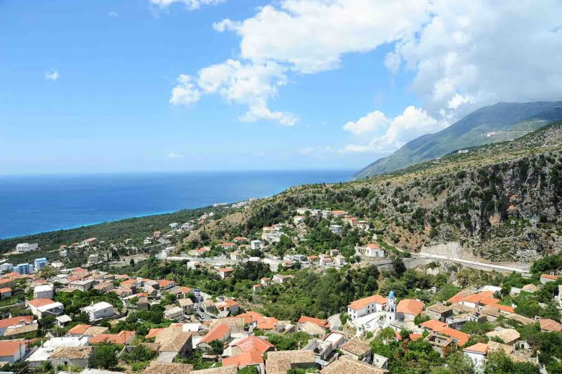 Υφαρπαγή περιουσιών των Ελλήνων της Χιμάρας – Δυσφορία για την στάση ευρωβουλευτών της ΝΔ