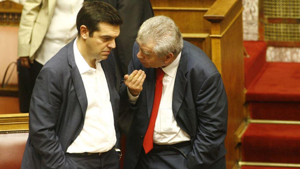"""Παππάς, Καμμένος, Παπαγγελόπουλος ανάβουν """"φωτιές"""" στον ΣΥΡΙΖΑ"""