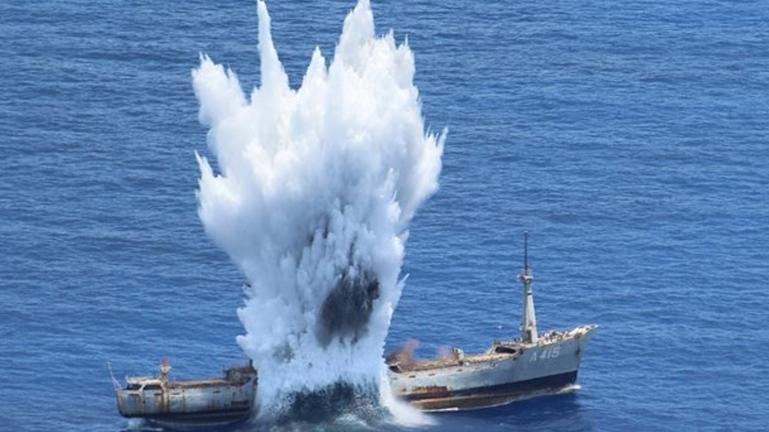 Αρχηγός ΓΕΕΘΑ: Βυθίσατε τον «Έβρο» (όπως θα βυθιστεί το….) – Βίντεο από ναυτική άσκηση στην Κάρπαθο