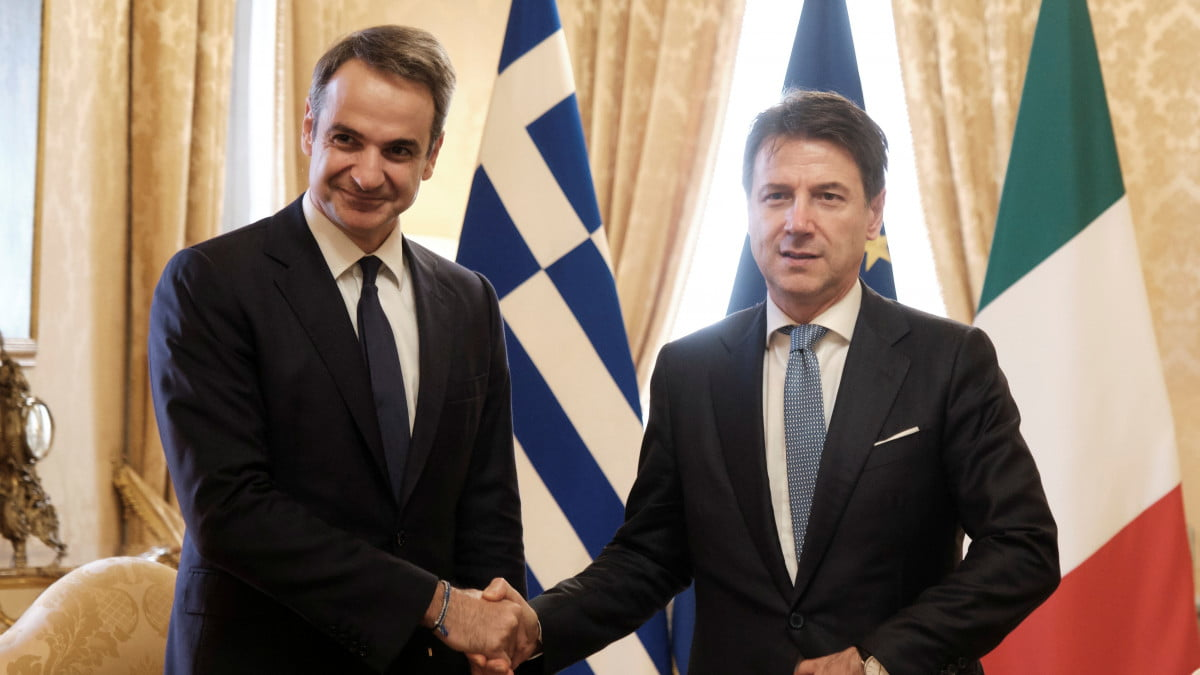 Τι σημαίνει η ιστορική συμφωνία με Ιταλία για την ΑΟΖ – Συρίγος: Οριοθέτηση σημαίνει ανακήρυξη