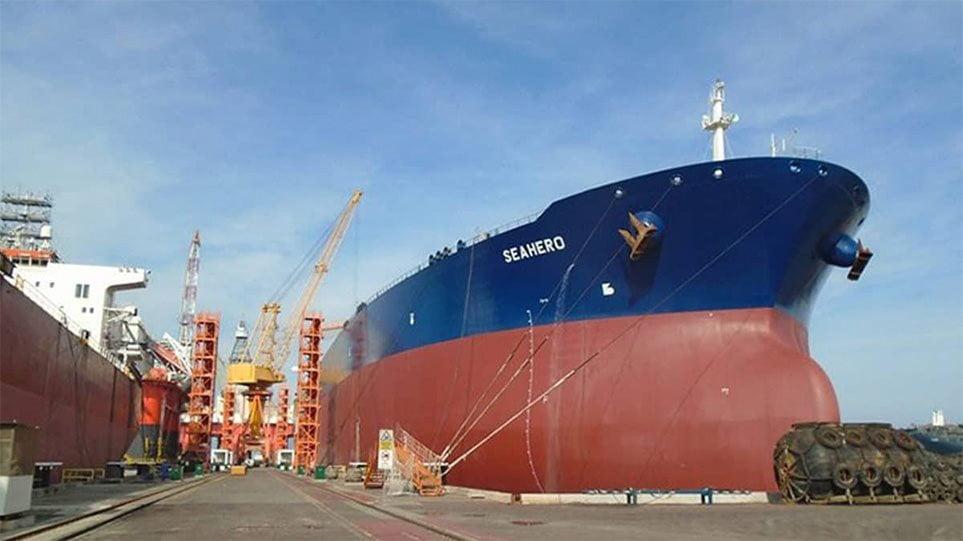 Ποιες είναι οι τέσσερις ελληνικές ναυτιλιακές που μετέφεραν πετρέλαιο από τη Βενεζουέλα