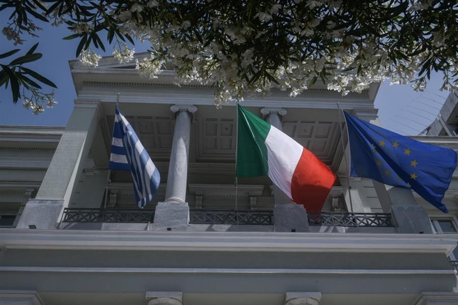 Η εξωτερική πολιτική της Ελλάδας μετά τη συμφωνία με την Ιταλία