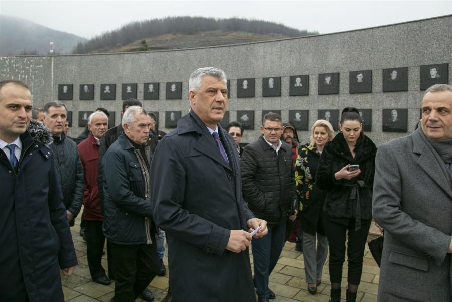 Η Σερβία, το Κόσοβο και ο «εγκληματίας πολέμου» Θάτσι