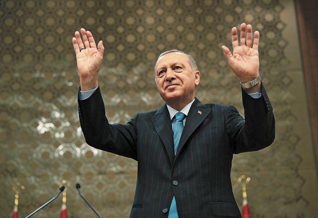 Σε διπλωματικό κλοιό η Τουρκία για γεωτρήσεις στην ελληνική υφαλοκρηπίδα και Αγία Σοφία