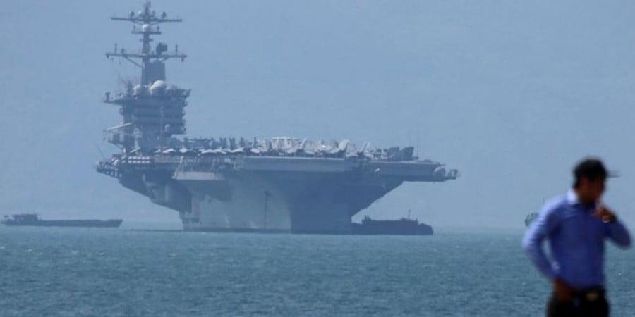Οι ΗΠΑ στέλνουν αεροπλανοφόρα στη Νότια Σινική Θάλασσα