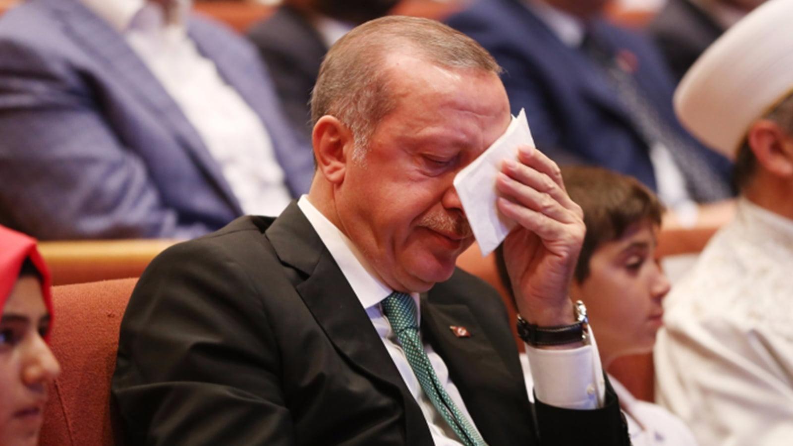 Ο χρόνος του Ερντογάν λιγοστεύει αλλά ο κίνδυνος για τον Ελληνισμό μεγαλώνει