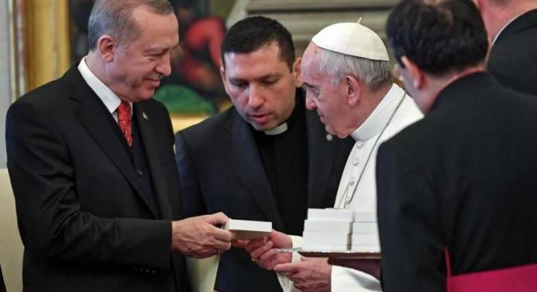 Παγκόσμιο τρολάρισμα!!! Πρό(σ)κληση Άγκυρας σε Πάπα: Έλα στο «τζαμί της Αγίας Σοφίας»