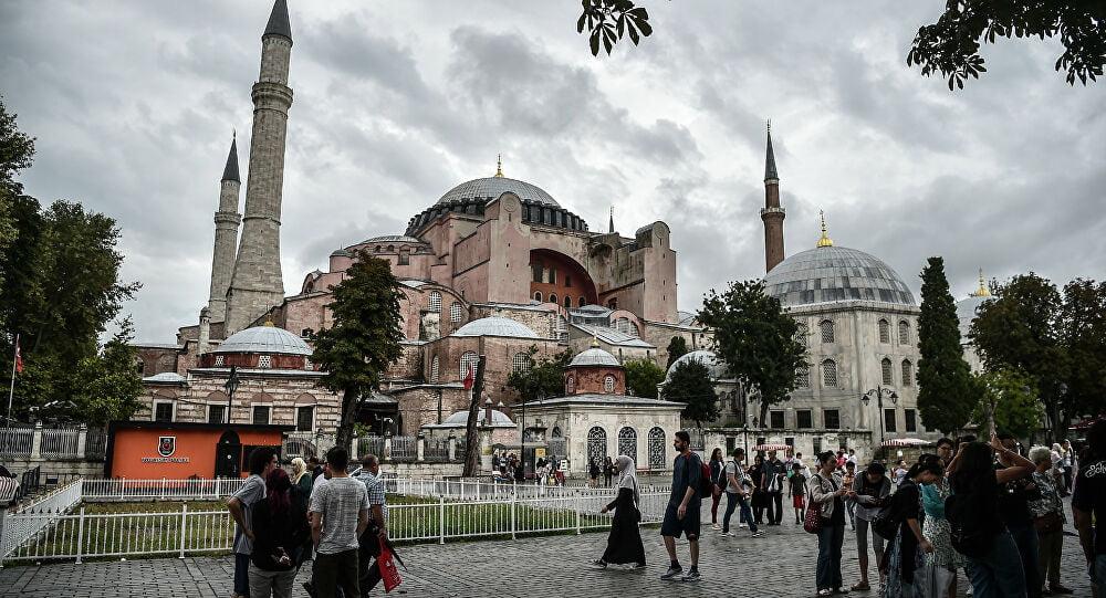 Αρθρογράφος Hurriyet: «Η Αγία Σοφία θα γίνει τζαμί – Αύριο η απόφαση του ΣτΕ της Τουρκίας»