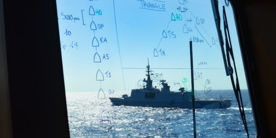 Η Γαλλία ανησυχεί για θερμό επεισόδιο Ελλάδας – Τουρκίας: Ο Μακρόν στέλνει πολεμικό ναυτικό στην Κρήτη και η Total επισπεύδει τις έρευνες