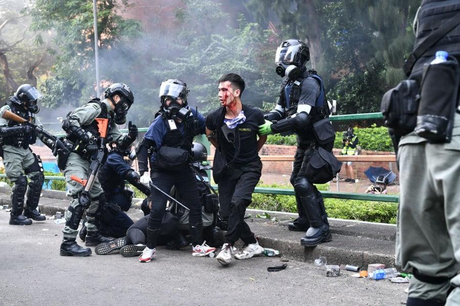 Χονγκ Κονγκ: Οι πρώτες συλλήψεις βάσει του νέου νόμου εθνικής ασφάλειας – Αντίδραση από τη Γερμανία