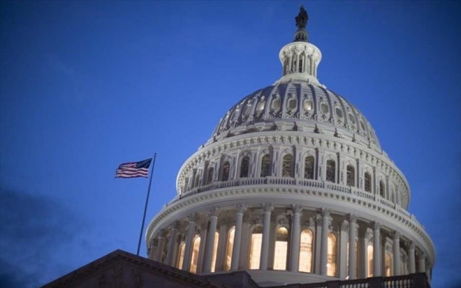 Δημοκρατικοί (ΗΠΑ): Ζητούν κυρώσεις σε βάρος της Ρωσίας για την απόπειρα χρηματοδότησης των Ταλιμπάν
