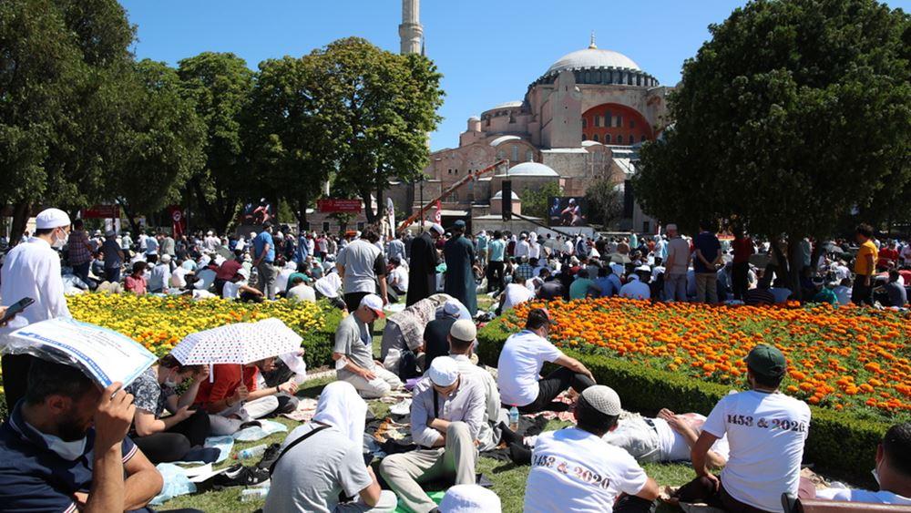 """Πώς η Τουρκία μεταμορφώθηκε σε """"πολεμικό καθεστώς"""""""
