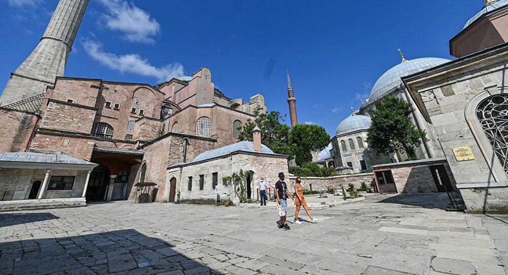 Μουφτής Κομοτηνής για Αγία Σοφία: Αν γίνει τζαμί θα πρόκειται για προκλητική απόφαση