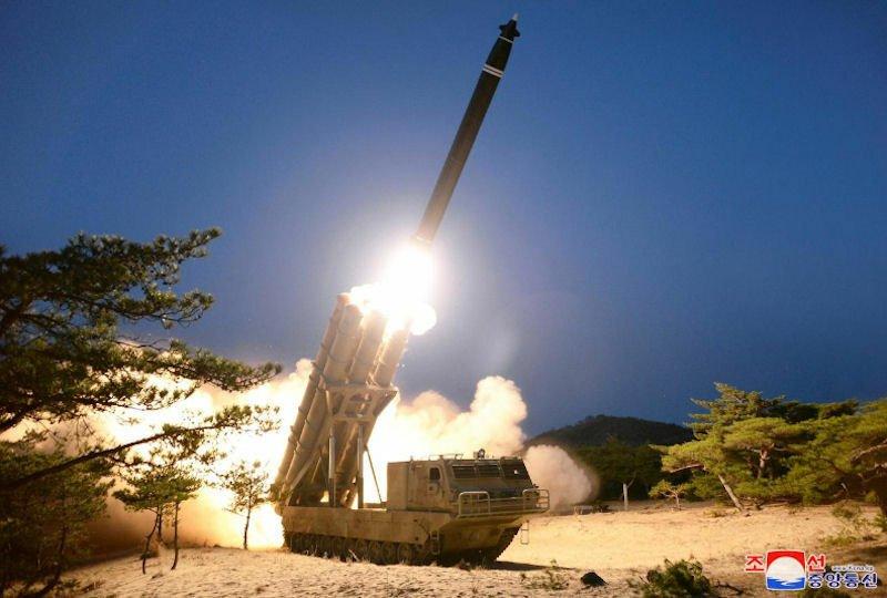 Νέοι πύραυλοι της Β. Κορέας μπορούν να αποφύγουν συστήματα αεράμυνας σύμφωνα με αμερικανική έκθεση