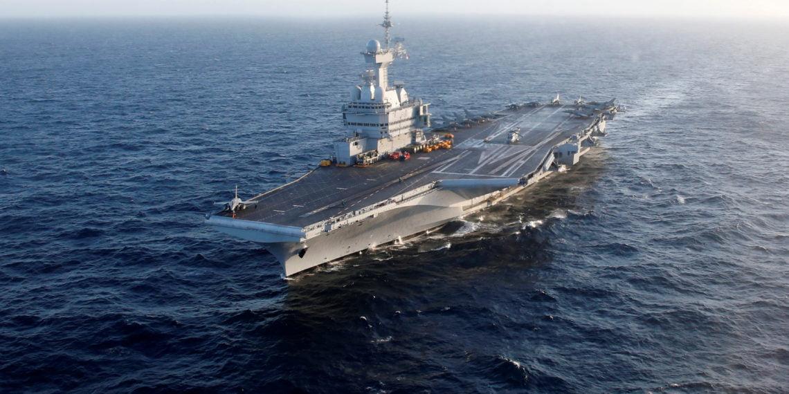 Ο Γαλλικός στόλος στέλνει το αεροπλανοφόρο Charles de Gaulle ανοιχτά της Λιβύης! Ώρες πριν τη μεγάλη μάχη
