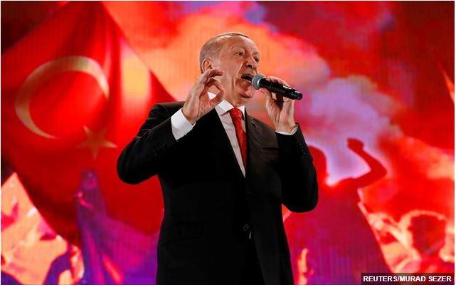 Bloomberg: Ο «πόλεμος» του Ερντογάν με τις αγορές – Έχει να χάσει πολλά και να κερδίσει… τίποτα