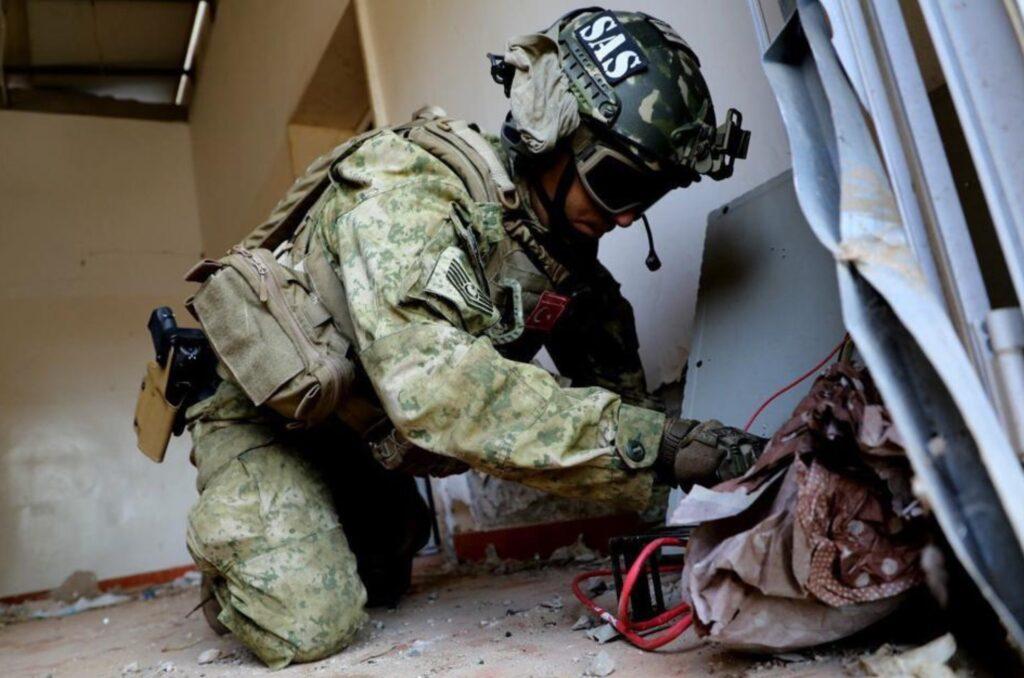 Ο Τουρκικός Στρατός αποκτούσε απόρρητες πληροφορίες από υψηλά ιστάμενους αξιωματούχους του ΝΑΤΟ μέσω σεξουαλικών εκβιασμών