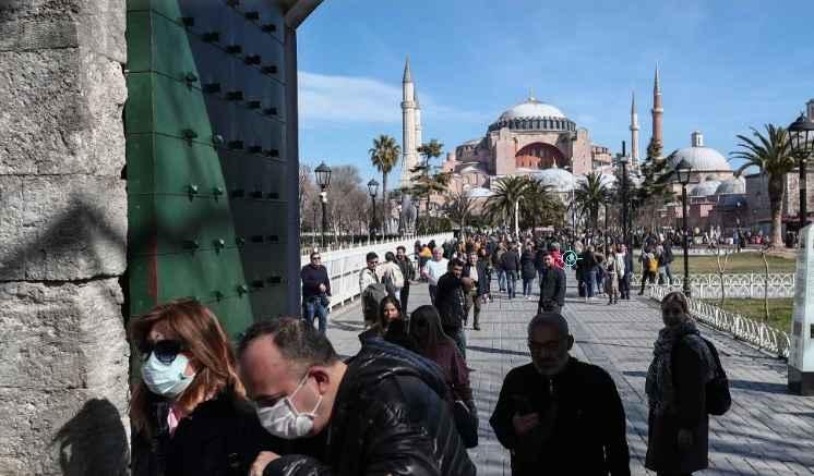 Deutsche Welle: Ο πραγματικός λόγος που ο Ερντογάν θέλει να μετατρέψει σε τζαμί την Αγιά Σοφιά
