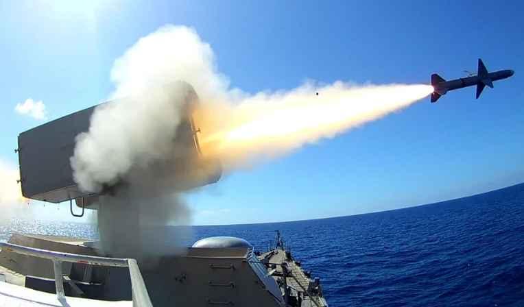 Υπό συνεχή παρακολούθηση ο Τουρκικός στόλος – Άμεσα αντανακλαστικά σε κάθε κίνηση της Άγκυρας μετά τον βομβαρδισμό τουρκικών στόχων στη Λιβύη