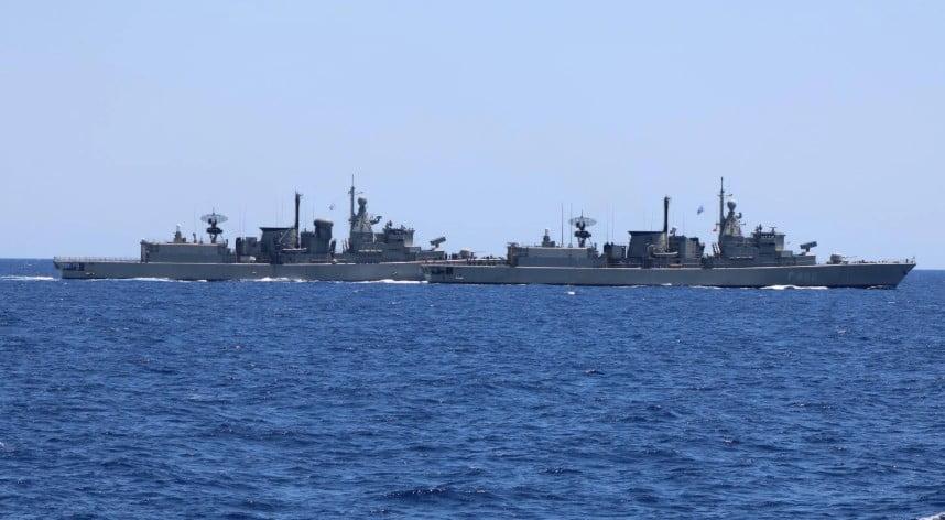 «Πλωτό τείχος» ορθώνει το Πολεμικό Ναυτικό – Ο Στόλος περιμένει το «ORUC REIS» – Τα ελληνικά «όπλα» αποτροπής