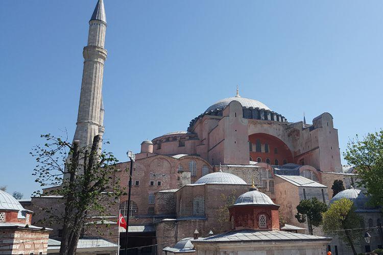 Χαστούκι από την UNESCO στον Ερντογάν: Υπάρχουν δεσμεύσεις για την Αγία Σοφία