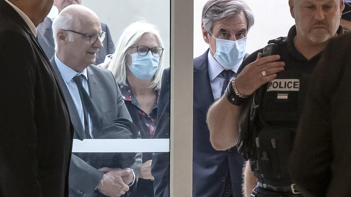 Γαλλία: Σε φυλάκιση 5 ετών καταδικάσθηκε ο πρώην πρωθυπουργός Φρανσουά Φιγιόν