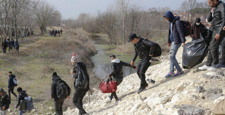 Έβρος: Ξεσάλωσαν οι διακινητές λαθρομεταναστών – Γενικέ Αστυνομικέ Διευθυντά Πασχάλη Συριτούδη, μήπως ξεφεύγει η κατάσταση;