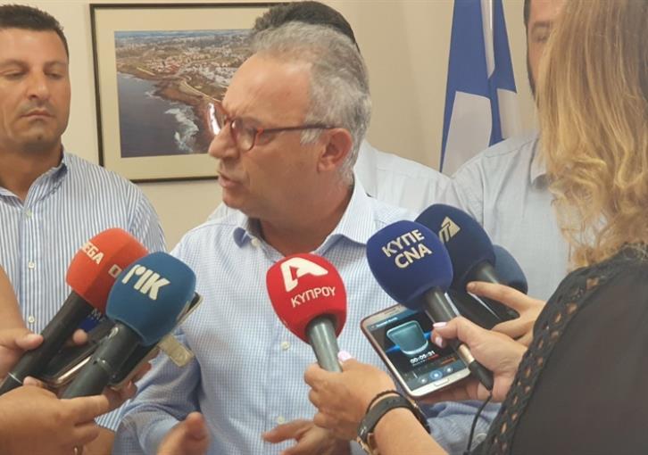 """Κράτος λαθροδιακινητής – Αβέρωφ: Παράτυπους μετανάστες χρησιμοποιεί η Άγκυρα ως """"όπλο"""" εναντίον της Κύπρου και της Ελλάδος"""