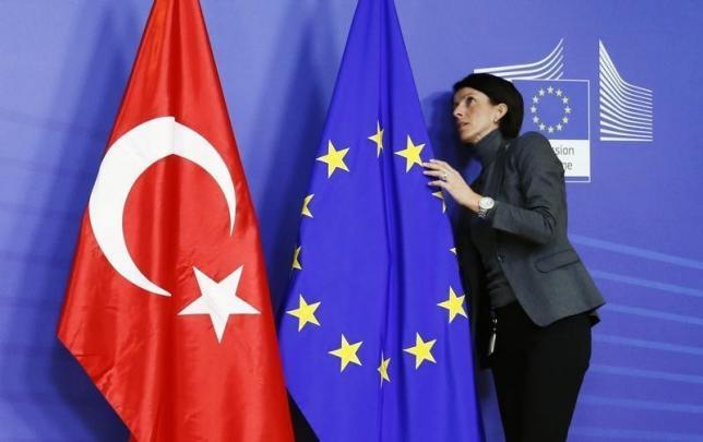 Δένδιας: Αν η Ευρώπη δεν αποτρέψει την τουρκική προκλητικότητα, δεν θα της αρέσει καθόλου αυτό που θα συμβεί