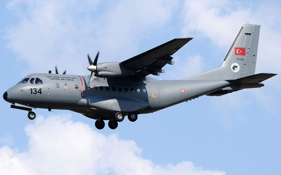 Μπαράζ τουρκικών παραβιάσεων με κατασκοπευτικά αεροσκάφη πάνω από το Αιγαίο