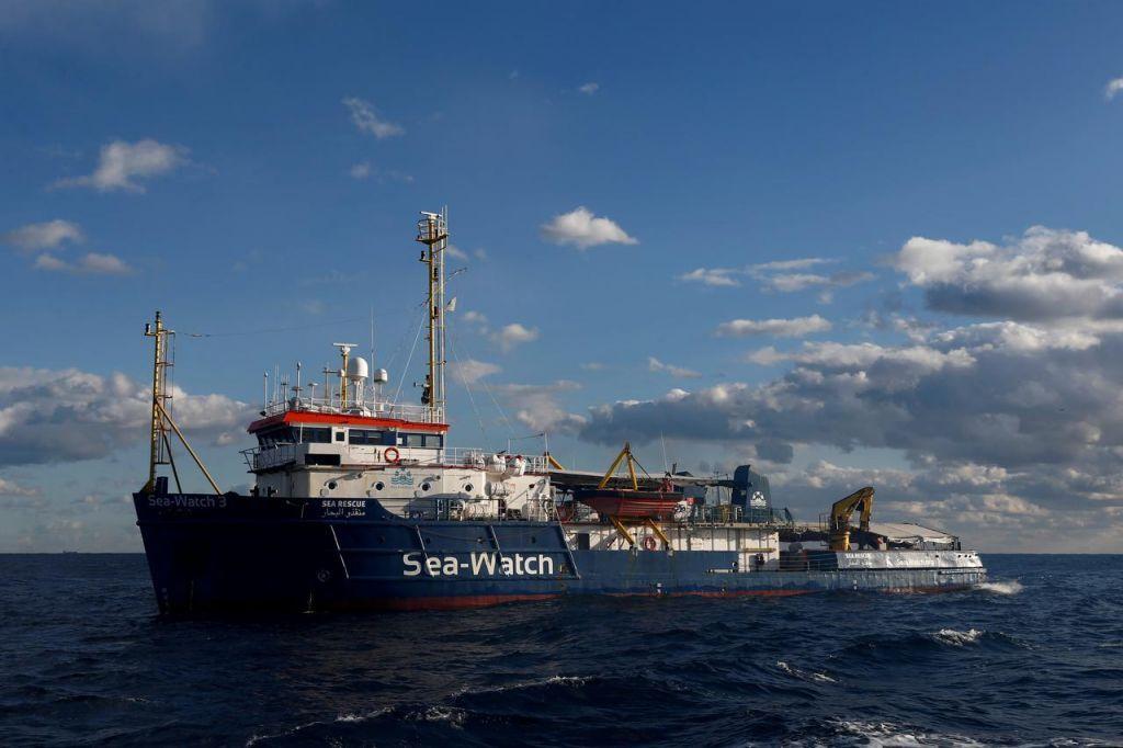 Η Ιταλία κατάσχεσε το γερμανικό πλοίο Sea-Watch 3 που διέσωζε αλλοδαπούς στη Μεσόγειο