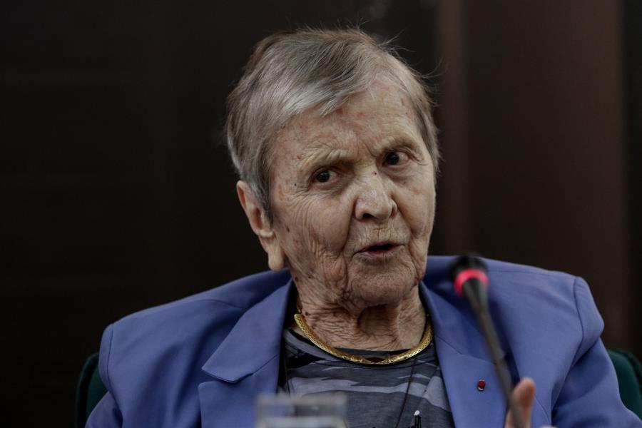 Ελ. Γλύκατζη – Αρβελέρ: Δεν θα εκπλαγώ αν ακούσω ότι τα ψηφιδωτά της Αγίας Σοφίας έχουν δακρύσει