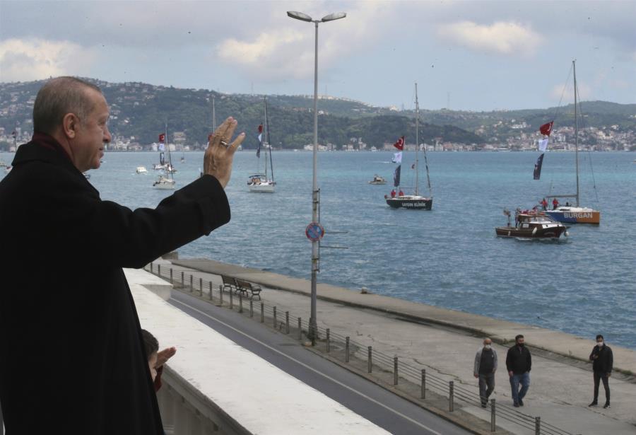 Ο Ερντογάν ζηλεύει τη δόξα του Πορθητή