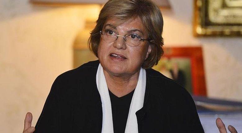Στο δρόμο πέταξε τα εγγόνια και την κακοποιημένη νύφη της η Τανσού Τσιλέρ, πρώην πρωθυπουργός της Τουρκίας