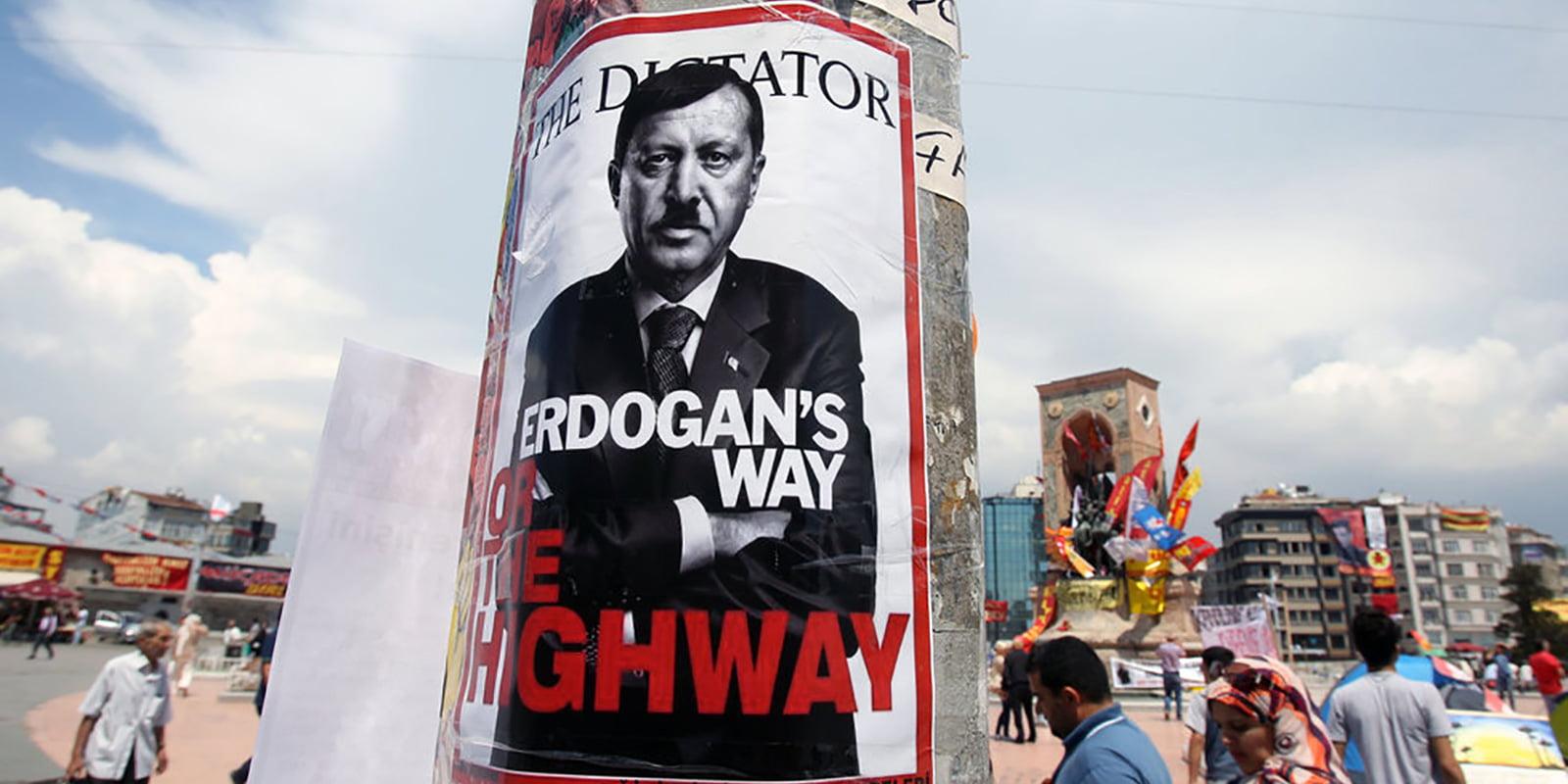 Τουρκία: μαζική φυγή από την «χώρα που διώκει την σκέψη»