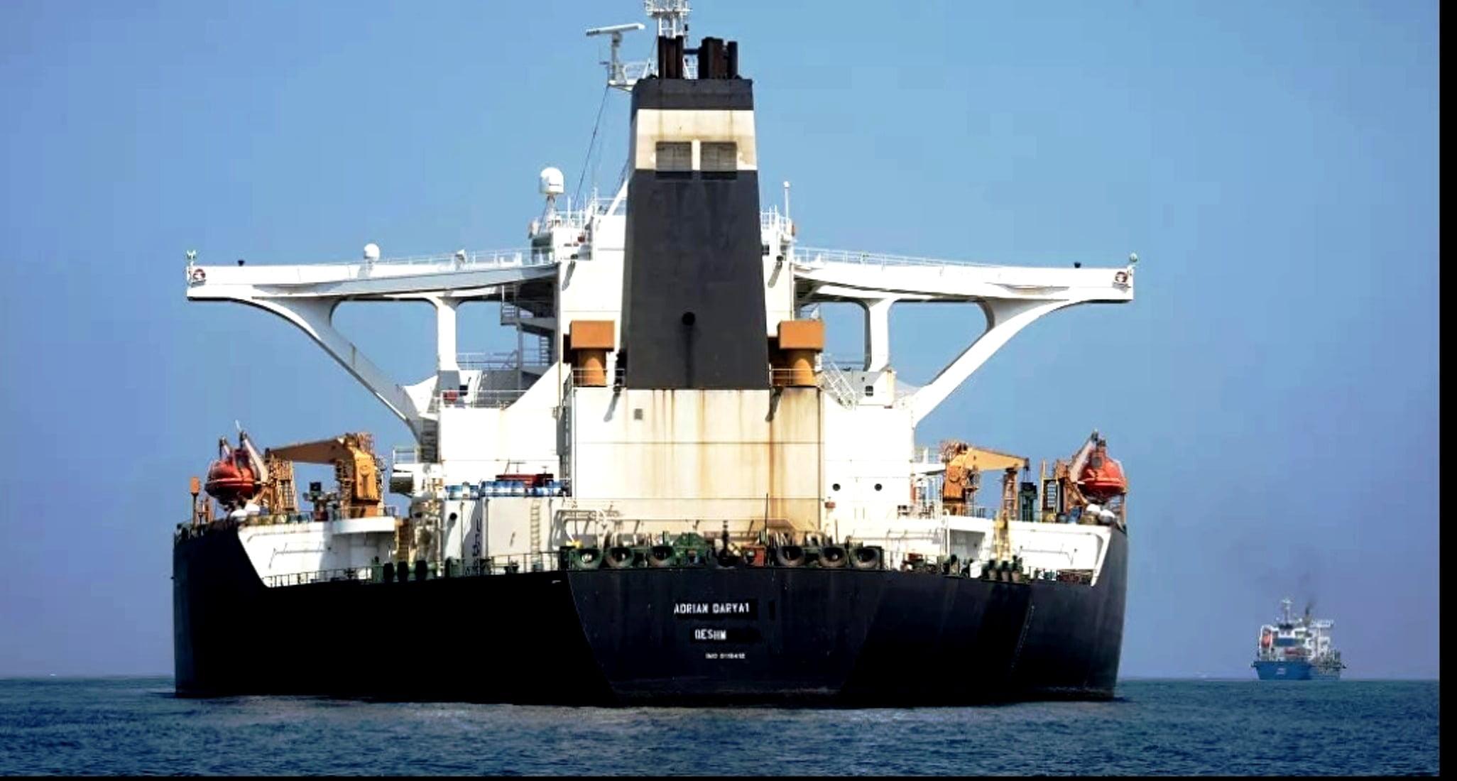 Έλληνες πλειοκτήτες παρέδωσαν στις ΗΠΑ φορτία ιρανικού πετρελαίου υπό την απειλή κυρώσεων