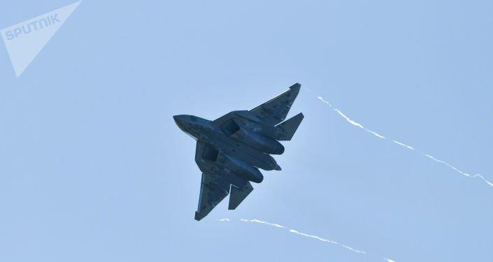 Αυτές είναι οι πρώτες εικόνες ενός Su-57 σε μαζική παραγωγή