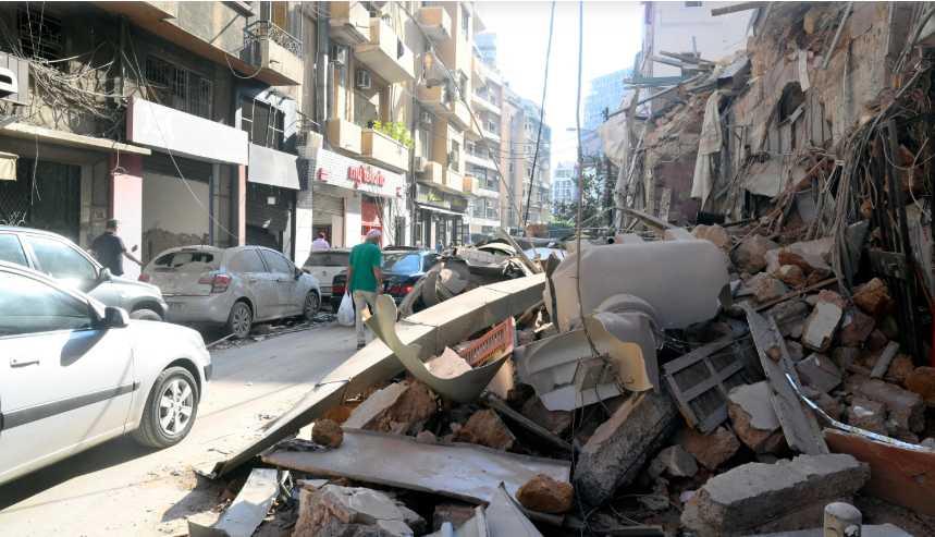 Πληροφορίες για ζημιές στην ελληνική πρεσβεία στη Βηρυτό και για 2 Έλληνες τραυματίες