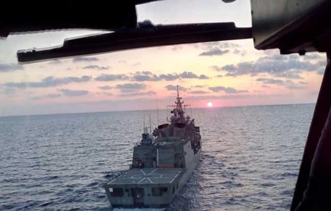 «Πόλεμος» νεύρων γύρω από το Oruc Reis: Οι προκλήσεις της Άγκυρας και η απόφαση της Αθήνας να μην στρατιωτικοποιήσει την κρίση – Σε διάταξη μάχης ο ελληνικός στόλος