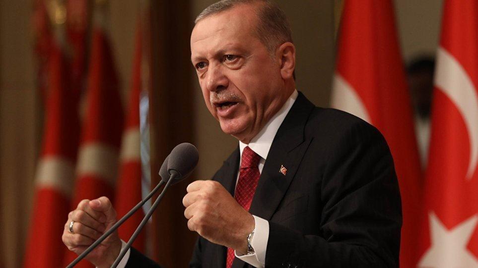 """""""Δεν υποχωρούμε σε κυρώσεις και απειλές""""… διακηρύσσει ο Ερντογάν"""