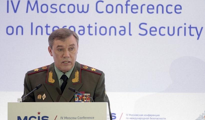 Η Μόσχα κατηγόρησε τις ΗΠΑ ότι εμπόδισαν ρωσικά τεθωρακισμένα οχήματα στη Συρία (βίντεο)