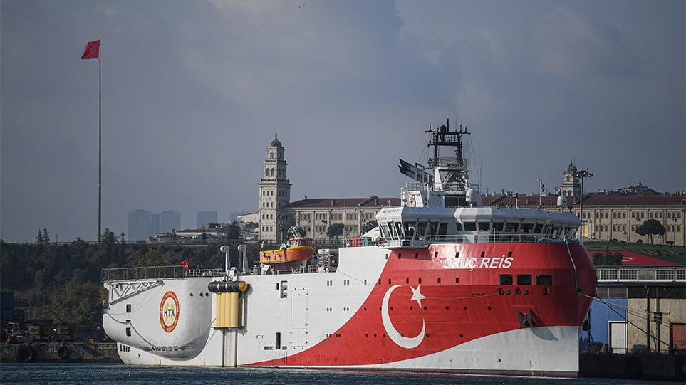 Τσαβούσογλου: Άλλους τρεις μήνες στην ανατολική Μεσόγειο το «Oruc Reis» – «Casus belli» τα 12 μίλια