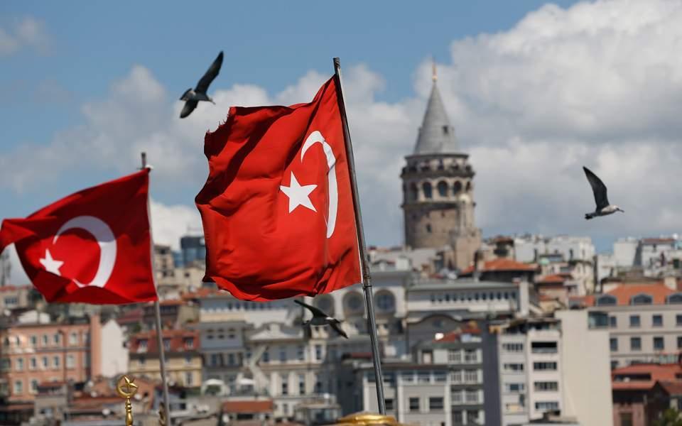 Αστεία τουρκική προπαγάνδα: Γιώργο μην πολεμήσεις για τους Γάλλους